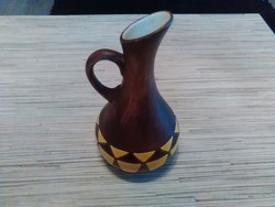 Szép kisméretű kerámia váza vagy kiöntő