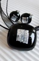 ÚJ KÉZMŰVES 'FEKETE GYÉMÁNT' üvegékszer garnitúra - medál + fülbevaló