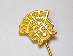 Orion aranyozott kitűző.