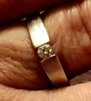 Arány gyűrű brillel