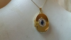 Hatalmas nyitható arany medál.Zafír és gyémánt.Tanúsítvány van!