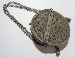 Antik ezüst filigrán aprópénz tartó táska