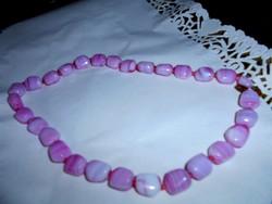 Rózsaszín achát nyaklánc