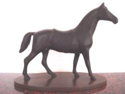 Ló szobor 16cm