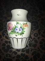 Herendi porcelán váza 16cm magas.