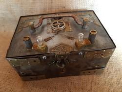 Steampunk fém doboz