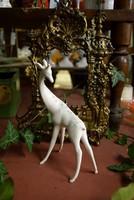 Aquincumi zsiráf porcelán figura