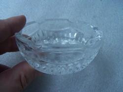 Csiszolt üveg hamutartó