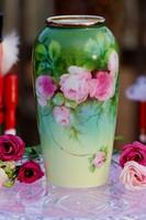 Kézi festésű rózsás váza