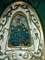 Mêcsestartó, egyedi,kézzel készített,dróttal és gyönggyel dekorált.