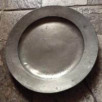Antik zinn  ón tányér az 1700-as évekből