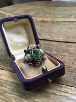 Antik ötvös ezüst gyűrű smaragd kővel