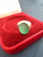 Ezüst(ródiómozott antialergén ) női pecsétgyűrű stílusú Jade  kővel ???