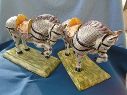 Chinese Wucai Porcelain & Pottery Qin Dynasty horse pairs are not same-sex