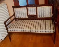 Szecessziós karfás kanapé, szófa