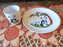 Kahla német porcelán, mese mintás, gyerek bögre és tányér