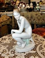 Herendi  Akt szobor 35 cm szignált Lux Elek