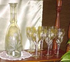 Boros pohár  palackkal együtt