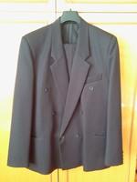 Férfi 48-as öltönyök,újszerű,kék, barna, fekete