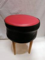 Retro puff , piros fekete