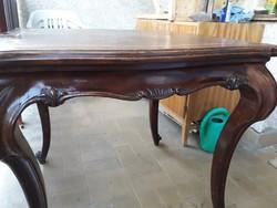 Antik faragott intarziás teázó asztal