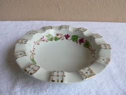 Zsolnay porcelán hamutartó, hamuzó