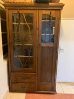 Antik fenyő bútor , vitrin , tálaló