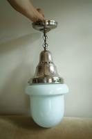 Csodálatos nagy antik tejüveg lámpa egy várócsarnokból, 1920-as évek