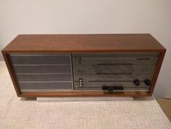Hornyst W447A Hornyphon 1966/67-es Rádió Fa dobozos, szépen működik