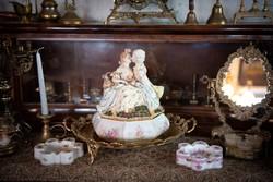 Porcelán rokokó nagyméretű bonbonier, kínáló