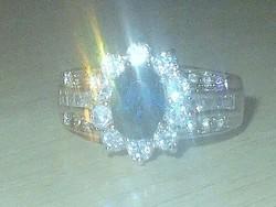 Diana és Kate Eljegyzési gyűrűjének másolata! Londonkék szint.Topáz szabadon állítható