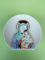 Aquincumi ritkaság. Szűz Mária a kisded Jézussal
