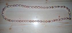 Gyönyörű antik, púder színű gyöngy nyaklánc