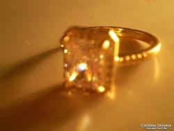 Nagy cirkonkőves arany goldfilles gyűrű
