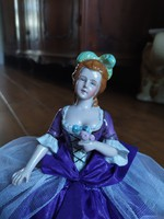 Antik porcelán baba tea baba eredeti abroncsával