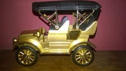 Figurális asztali öngyújtó - Autó