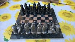 Nem mindennapi Bronz sakk-a sereg