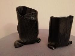 Modern fekete kerámia vázák
