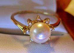 Nagyon szép valódi gyöngy és 0.12ct brill 14kt arany gyűrű