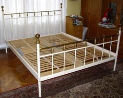 Francia rézágy ágyráccsal 160x200cm.