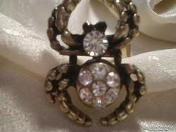 KERESZTESPÓKOS kristályos gyűrű