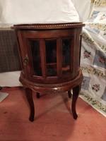 1,-Ft Gyönyörű antik csiszolt üveges kis szekrény!