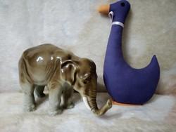 19149C1 Royal Dux porcelán elefánt