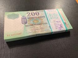 *** 1998 FC 200 forint eredeti bontatlan MNB (!!) banki köteg !!!!  ***