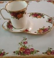 ROYAL ALBERT OLD COUNTRY ROSE 2 db --os szett 24 krt.gold csésze nagyméretű süteményes tányérral