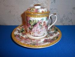 Különleges, jelzett porcelán teás vagy kávés csésze tetővel, tányérral, dús virág mintával
