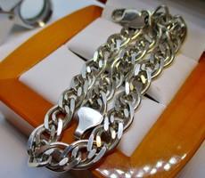 Szép hibátlan széles ezüst karkötő