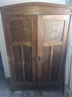 Antik szekrény felújításra