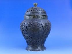 0A848 Áttört fedeles réz perzsa stílusú urna