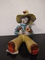 Ráhmer Mária virágcsokros kertészlány kerámia figura